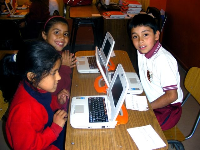 More than 1,000 students will enjoy laptop computers and the Internet in their schools, thanks to Barrick and its partners. (Photo: Barrick Gold)
