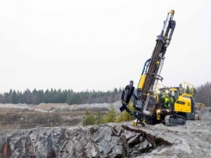 A drill rig that is robust enough and smart enough to tackle surface mining, as well as quarrying and construction drilling, has been developed by Atlas Copco.