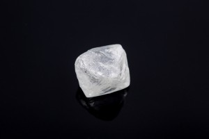 This 5.33 ct diamond from the CH-7 kimberlite is valued at US$3,106 per ct.