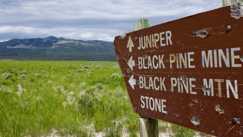 Sign pointing to Black Pine project Credit: Northern Miner staff