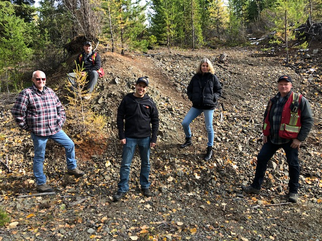 Kodiak Copper's CEO, Claudia Tornquist, and chairman, Chris Taylor, with geologists at MPD Credit: Kodiak Copper