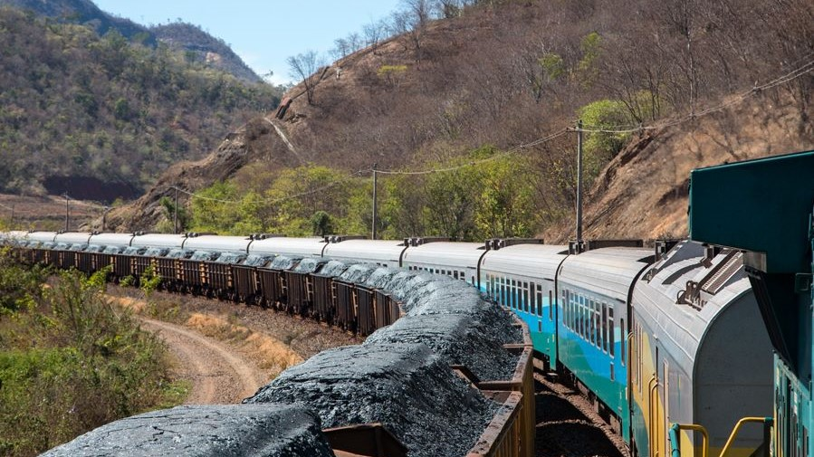 Vale reduces 2020 iron ore output forecast
